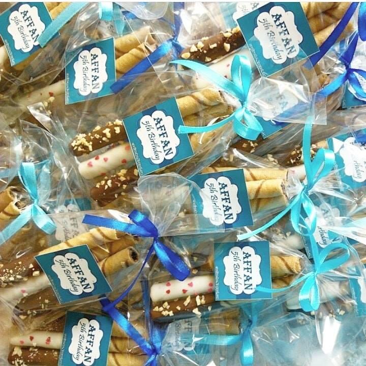 creative-choc-coklat-sedap-lazat-kek-doorgift-present-hadiah-perkahwinan-cake-wedding-sedap-lazat