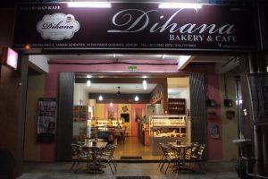 dihana-bakery-cafe-kedai-kek-murah-sedap-resepi-warung-cake-pastry